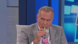 Plastic surgeon Dr. Andrew Ordon tries blue spirulina smoothie