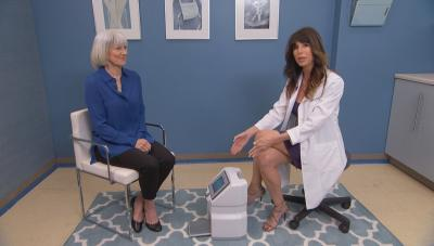 Dr. Ablon and her patient Linda demonstrate the new laser machine for toe fungus